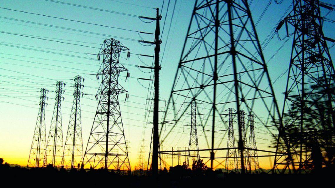 El Gobierno recortará y pesificará el pago a las empresas generadoras de energía