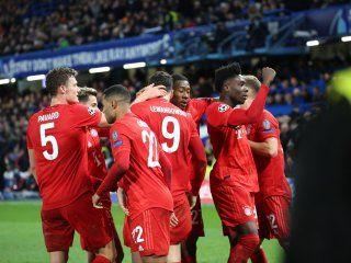 El Bayern Munich encaminó la serie con una goleada al Chelsea en Stamford Bridge