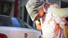 Degolló a su ex mujer mientras dormía e intentó matar a su bebé de 3 meses