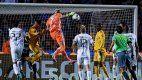 ¡Milagroso y agónico! El gol de Nahuel Guzmán que clasificó a Tigres en tiempo de descuento