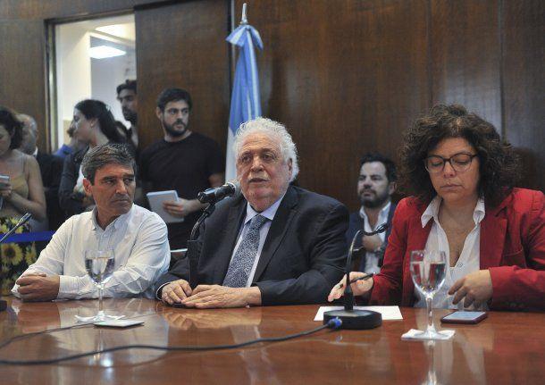 Ginés González García confirmó un caso de coronavirus en Argentina