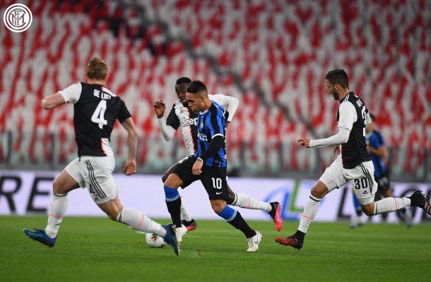 Lautaro Martínez del Inter no pudo poner en la cancha toda su potencia goleadora y la Juventus se quedó con la victoria en el derbi de Italia que se disputó a puertas cerradas por la epidemia de coronavirus