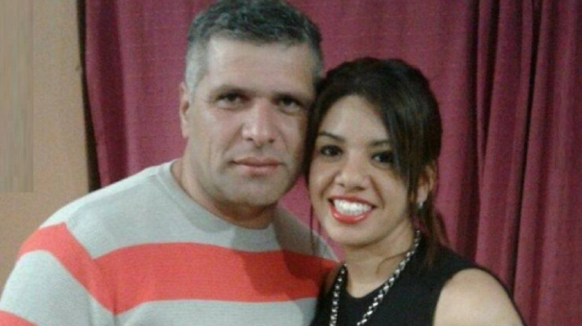 Femicidio en Córdoba: fue a buscar a su ex al trabajo y la asesinó a puñaladas frente a sus compañeras