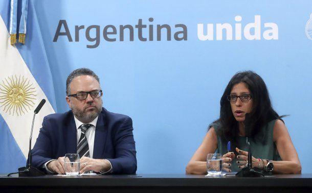 Matías Kulfas y la secretario de Comercio Interior, Paula Español, dispusieron controles para evitar el desabastecimiento por coronavirus