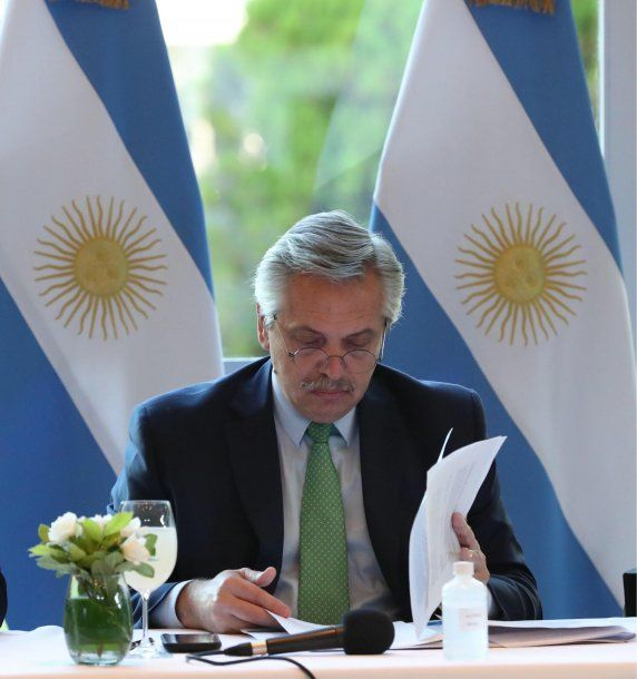 Alberto Fernández anunciará este lunes medidas para los que no están empleados en relación de dependencia