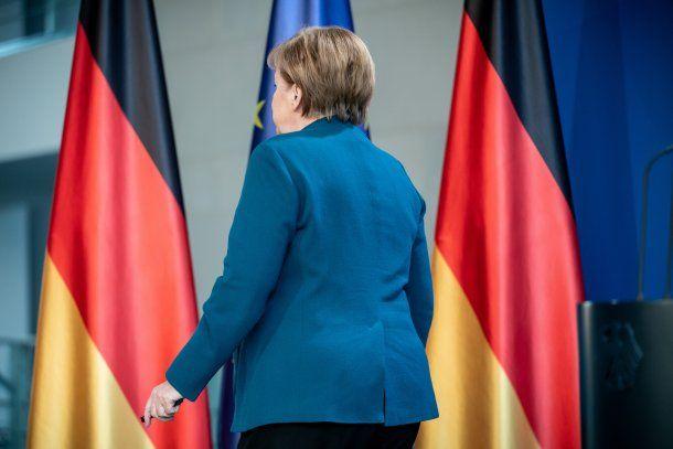 La canciller de Alemania, Angela Merkel, entró en cuarentena: su médico tiene coronavirus
