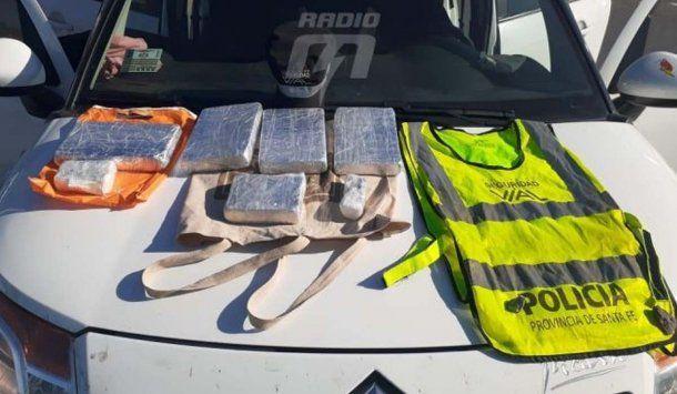 El viudo de Adelfa, detenido por incumplir la cuarentena y llevar cinco kilos de cocaína en su auto. Imagen: Radio M