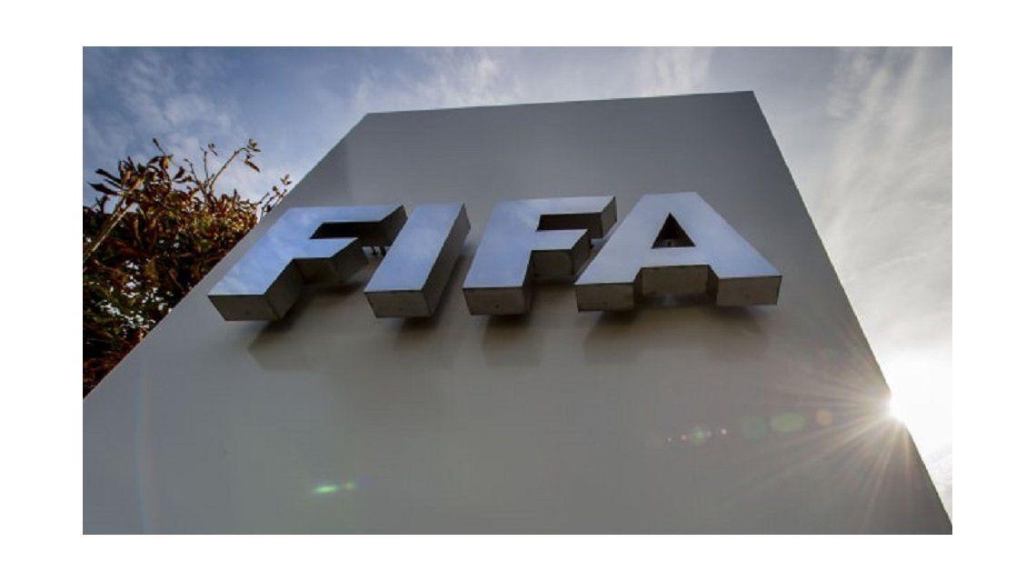 FIFA recomienda extender los contratos de los futbolistas