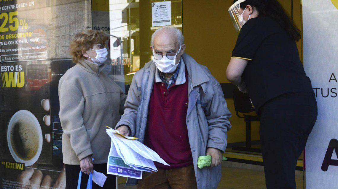 Informe del Ministerio de Salud del lunes 20 de abril: ascienden a 142 los muertos por coronavirus