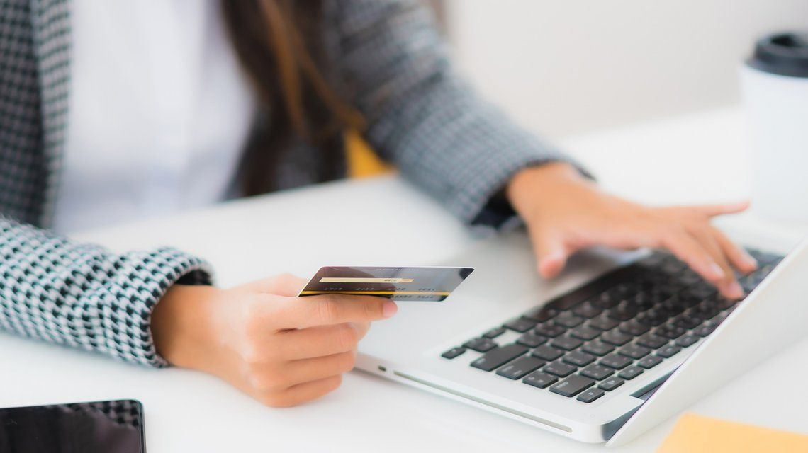 Cómo hacer pagos y compras sin usar efectivo
