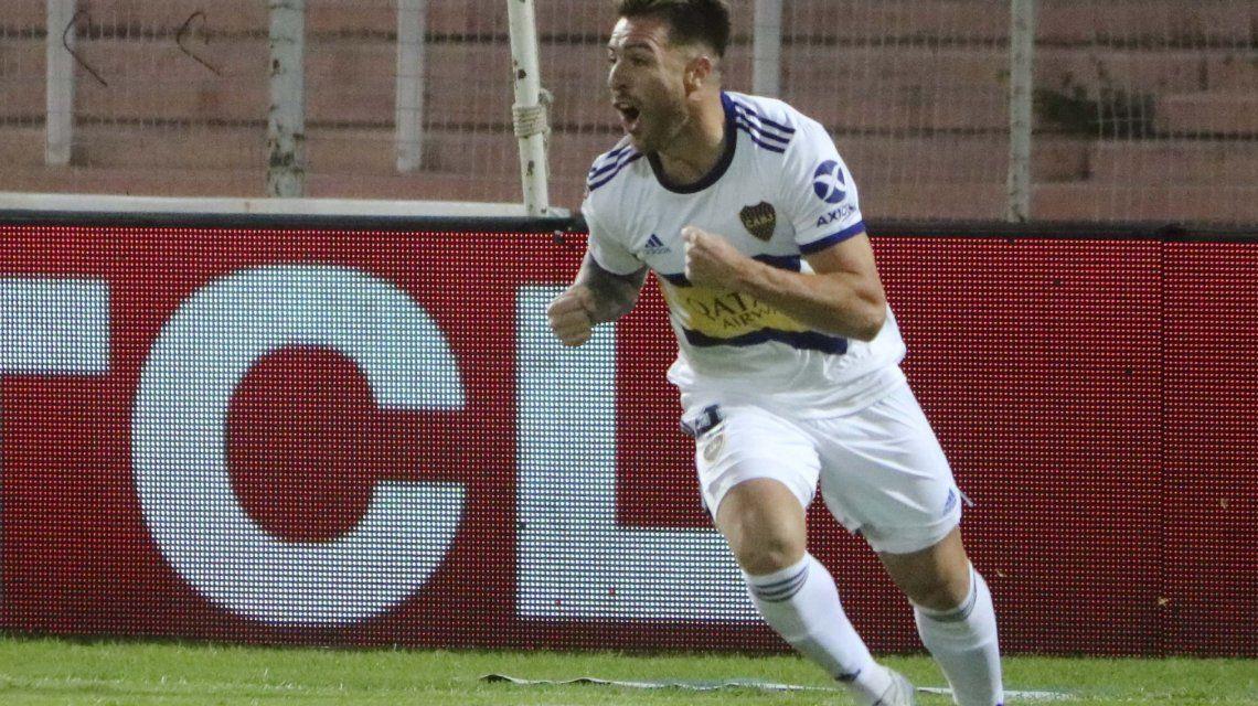 Julio Buffarini marca uno de los últimos goles de la Copa de la Superliga Argentina de Fútbol que se suspendió por el avance del coronavirus