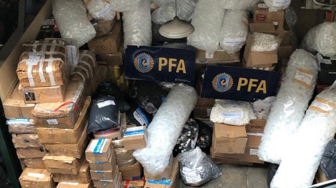 Los productos fueron confiscados durante un allanamiento. Fotos: Ministerio de Seguridad de la Nación.