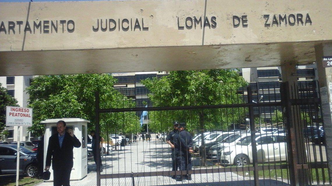 El violador abandonó laalcaldía de Lomas de Zamoragracias a un fallo firmado por el juez Violini