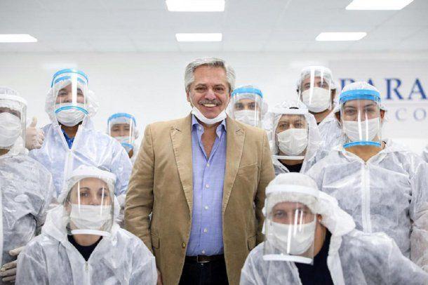 San Martín: el presidente Alberto Fernández visitó una empresa de industria automotriz que comenzó a fabricar barbijos