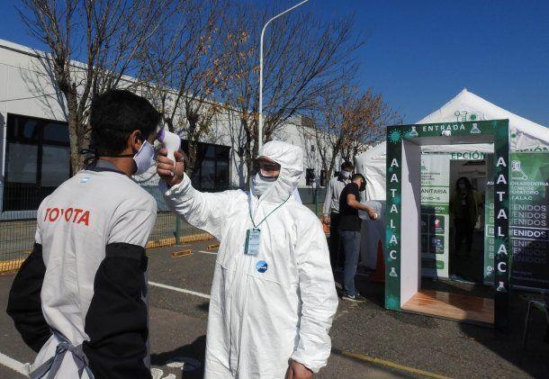 La automotriz Toyota, ubicada en Provincia, retomó sus tareas, detectaron un caso de coronavirus y fue aislado