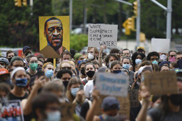 Protestas en todo el mundo por el asesinato de George Floyd y en contra del racismo