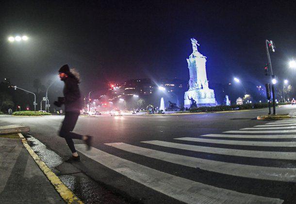 Desde el lunes, se permite a los runners salir a correr en la Ciudad mientras el coronavirus en Argentina batió sus records diarios