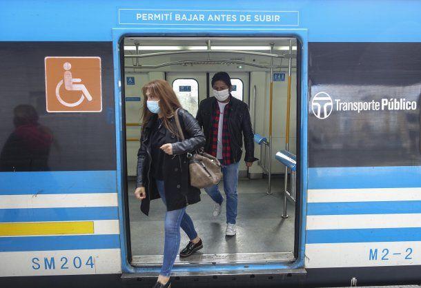 El transporte público en el AMBA podría restringirse ante la disparada de casos de coronavirus en Argentina
