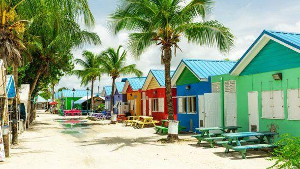 Barbados acoge anualmente a 2,4 millones de viajeros.