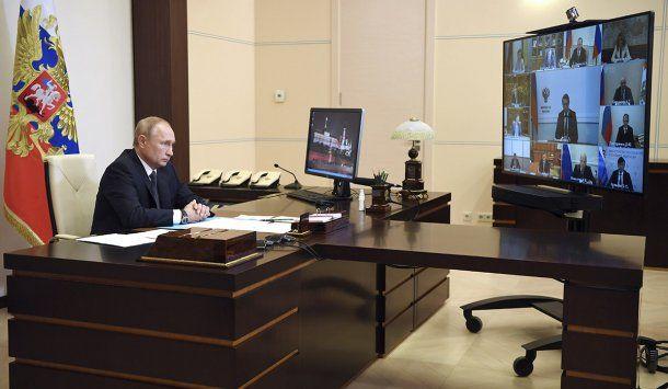 El Gobierno de Vladimir Putin anunció este martes que Rusia aprobó la vacuna contra el coronavirus.