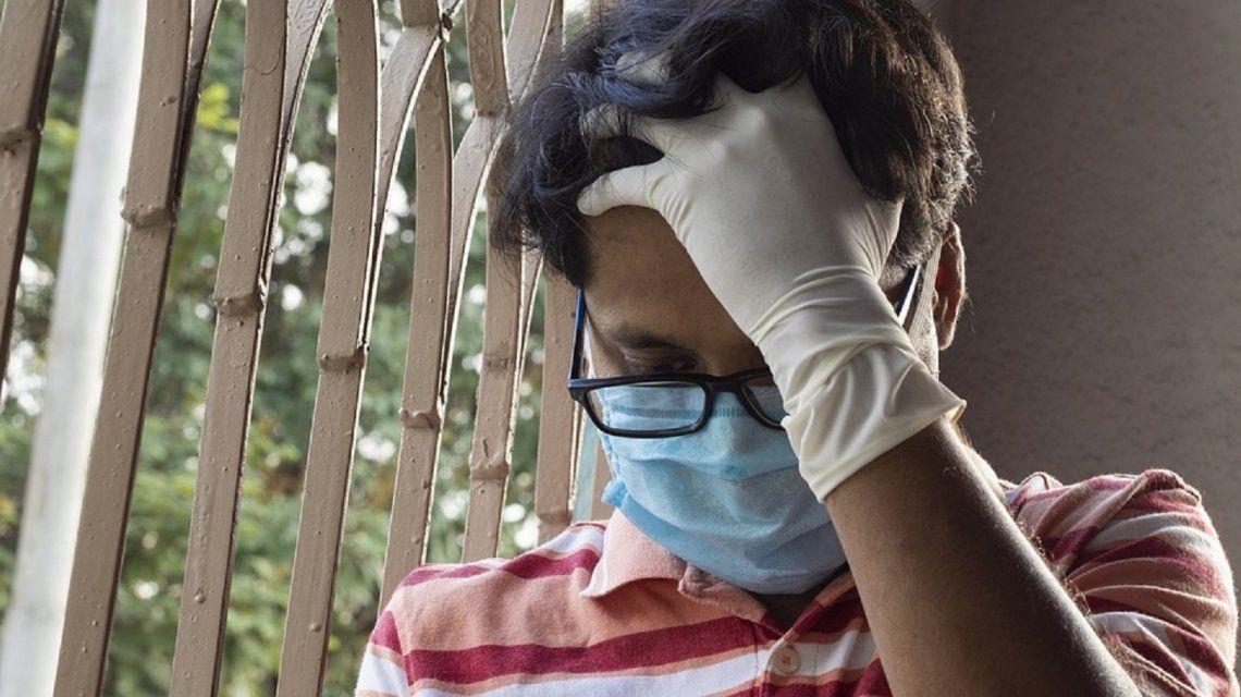 Un estudio advierte que el coronavirus ataca al cerebro y deja secuelas