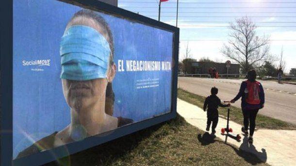 La campaña de concientización por la pandemia del coronavirus en Santa Rosa.