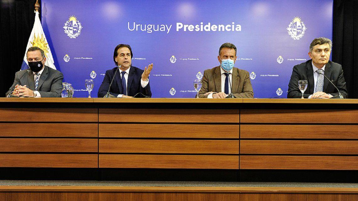 Por el coronavirus, Uruguay cerrará sus fronteras durante el verano 2021