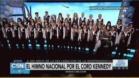 El emotivo Himno Nacional en la voz del Coro Kennedy