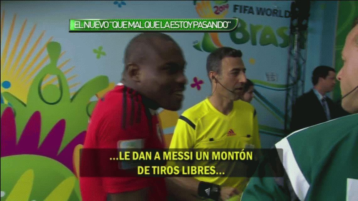 Mirá la insólita charla del arquero de Nigeria y el árbitro: Messi es muy bueno