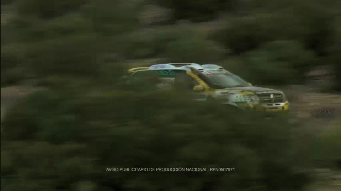 A lo Relatos Salvajes: la grúa le llevó el auto, rompió todo y fue detenido