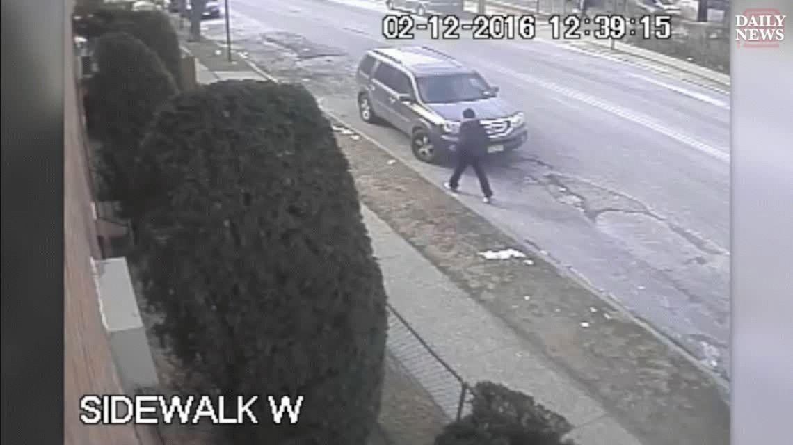 VIDEO: Pactó la venta de unas zapatillas, le robaron y se vengó de la peor forma