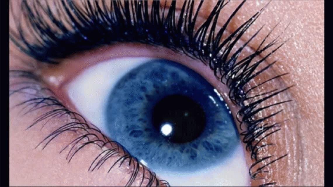 Audios subliminales: cambiar el color de ojos, ¿al alcance de una canción?
