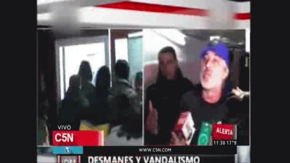 Liberaron a los barras de Boca y los expulsaron de Paraguay