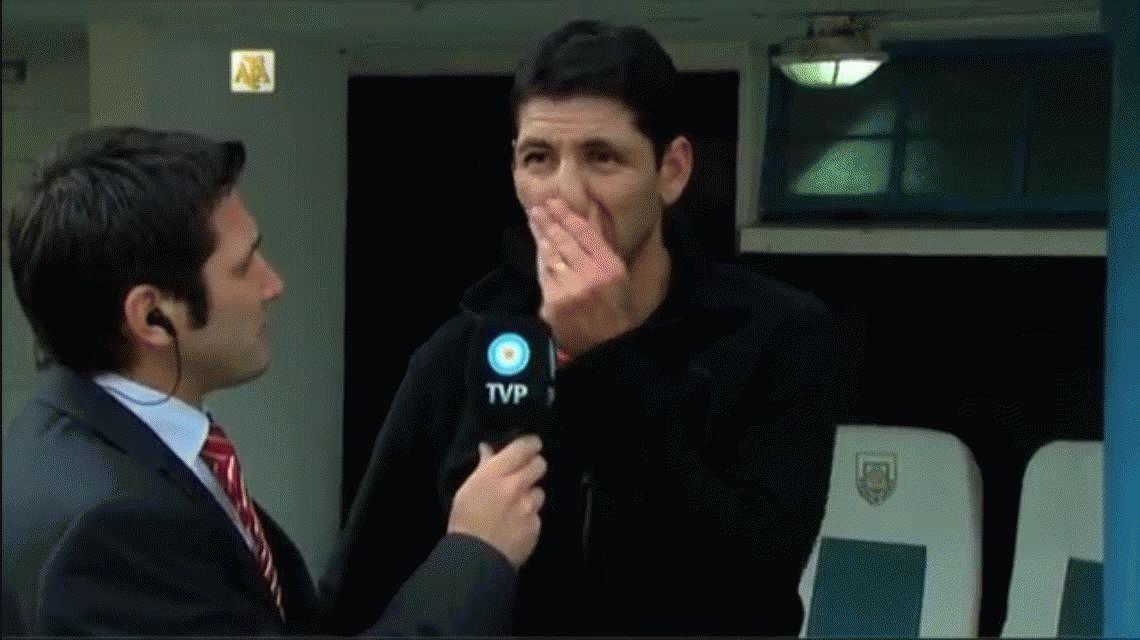 VIDEO: El DT de Argentinos se quebró en plena entrevista luego del descenso de su equipo