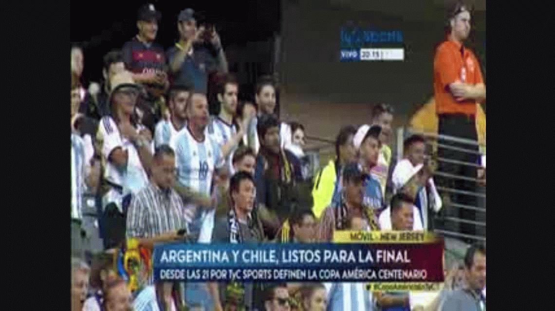 Enchufadísimos: así entraba en calor la Selección antes de la final