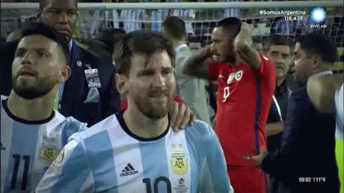 VIDEO: No hubo 2 sin 3 y Messi terminó llorando