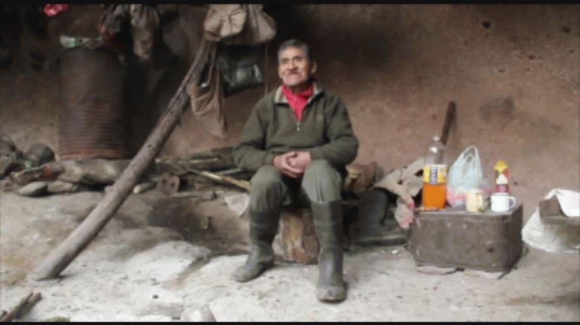 Pedro Mamani, el argentino que vive en una cueva hace 45 años