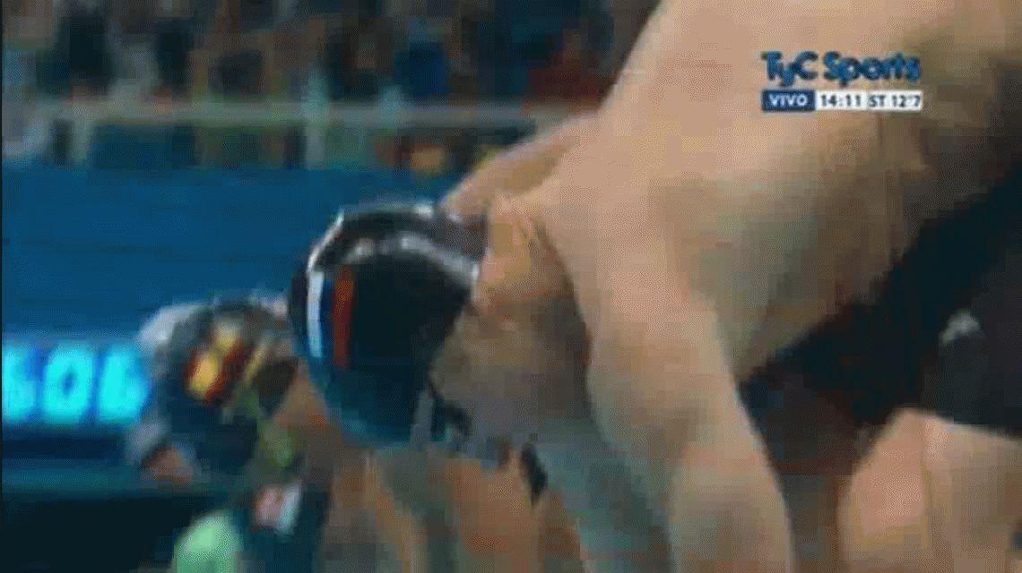 Ansiedad olímpica: un nadador se tiró antes de tiempo y fue descalificado