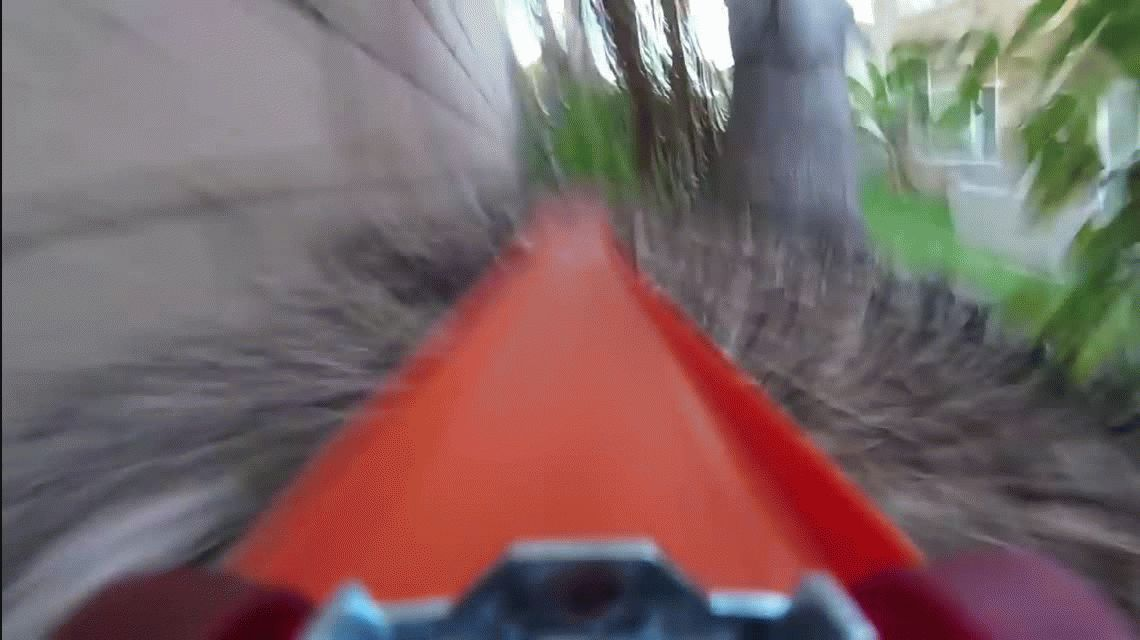 VIDEO: Mirá la vertiginosa carrera de un autito de colección