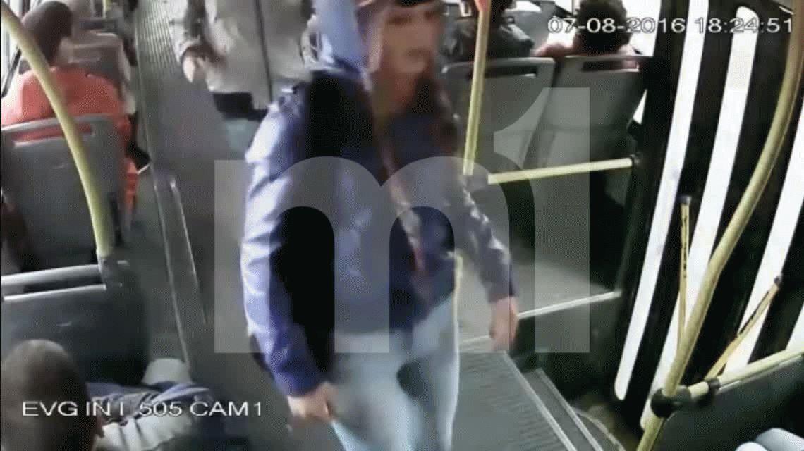 Pasajera apuñalada en pleno asalto a un colectivo en Quilmes