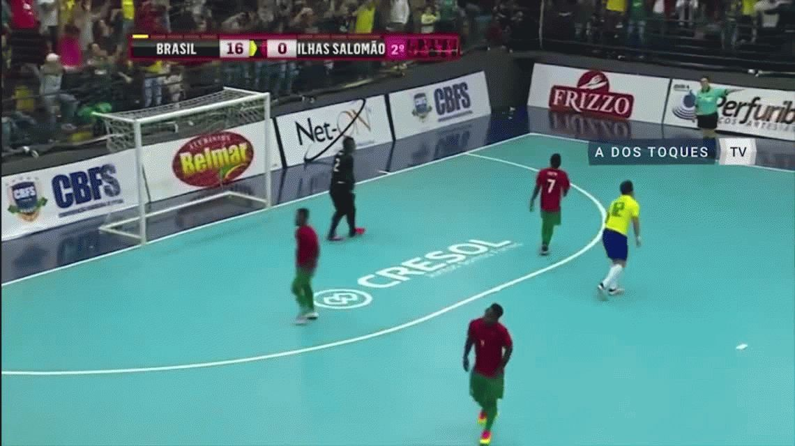Pecho y chilena: la nueva genialidad del rey del futsal mundial