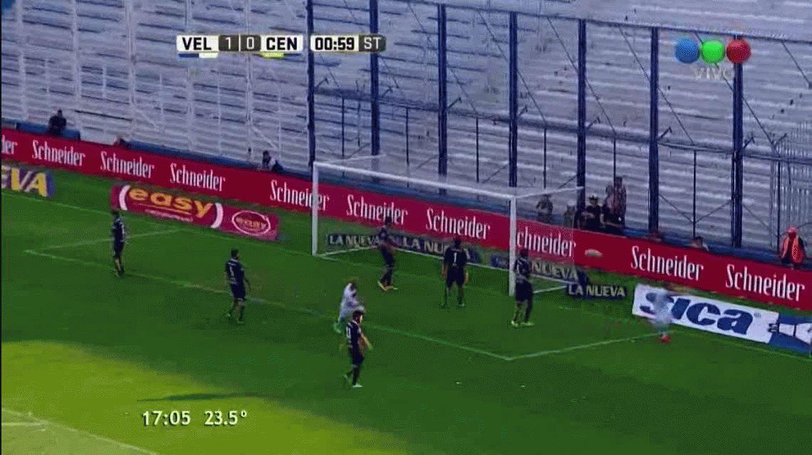 VIDEO: Con este gol, Pavone llegó a los cien en su carrera