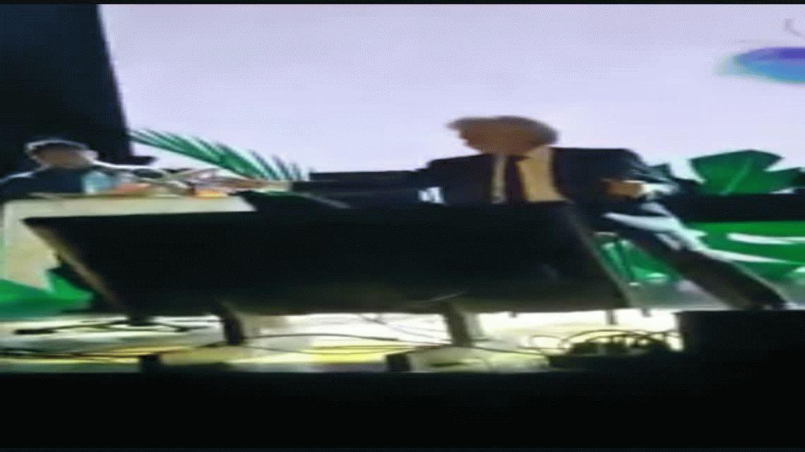 El Puma Rodríguez dio show con un tanque de oxígeno: Espero un milagro