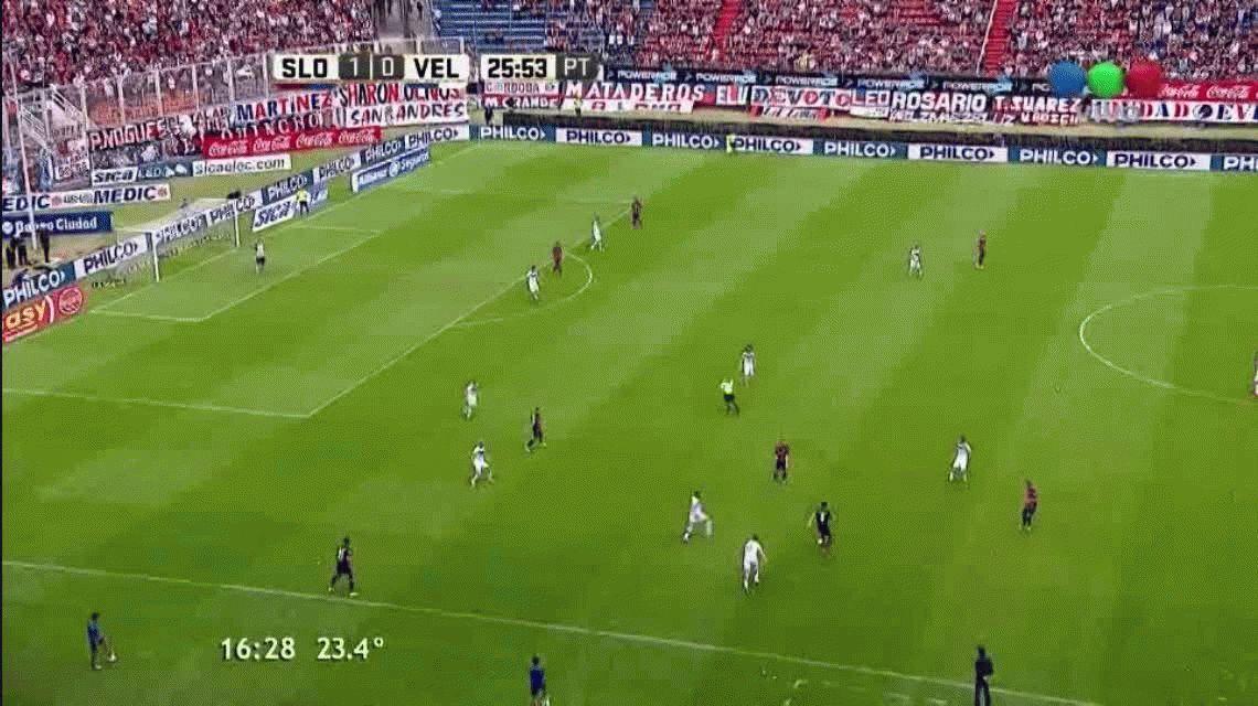 VIDEO: Mirá el exquisito caño de un jugador de San Lorenzo a otro de Vélez