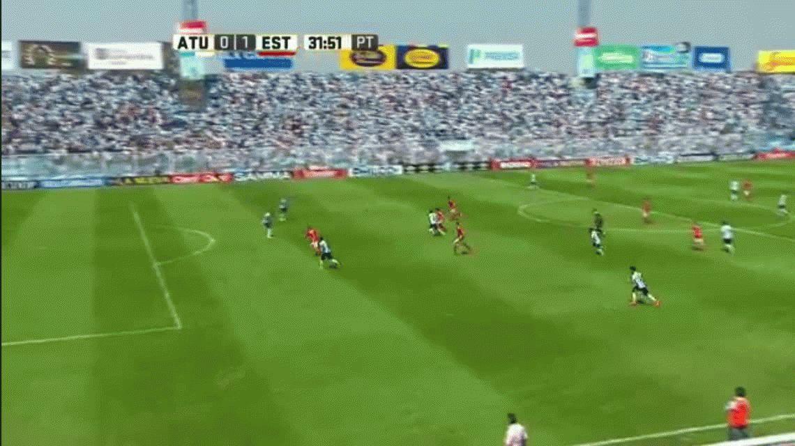 Estudiantes venció a Atlético Tucumán y es único puntero