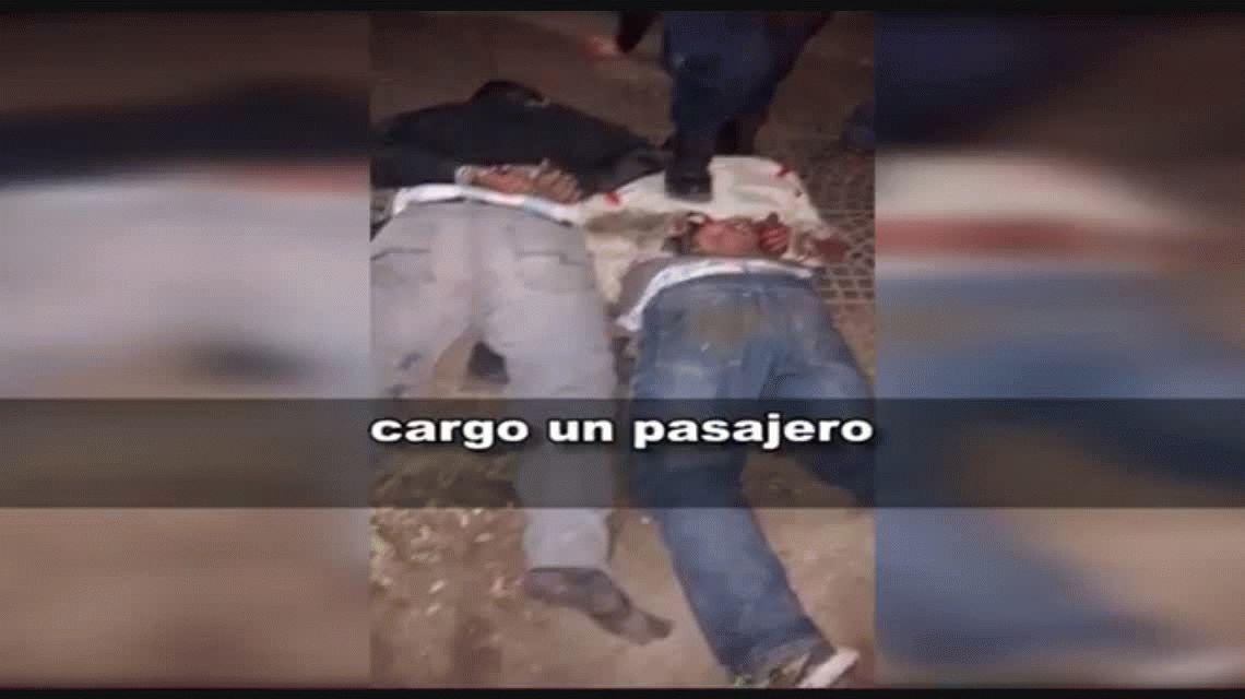 Vecinos golpearon a dos motochorros en Córdoba hasta dejarlos inconscientes