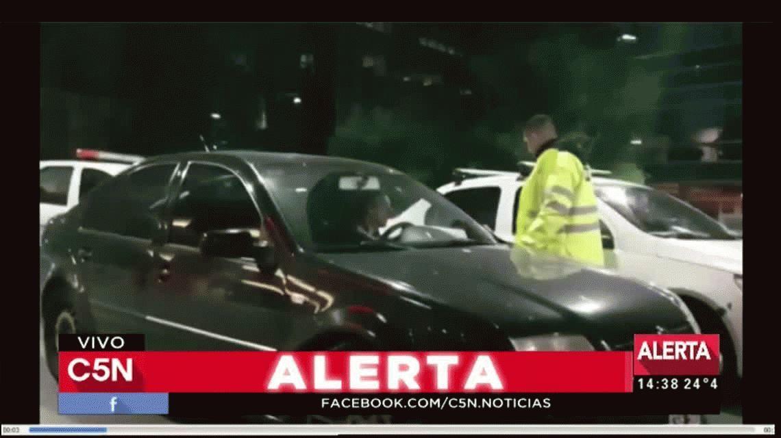 Piden detener al hermano de El Turco García por atropellar a dos inspectores