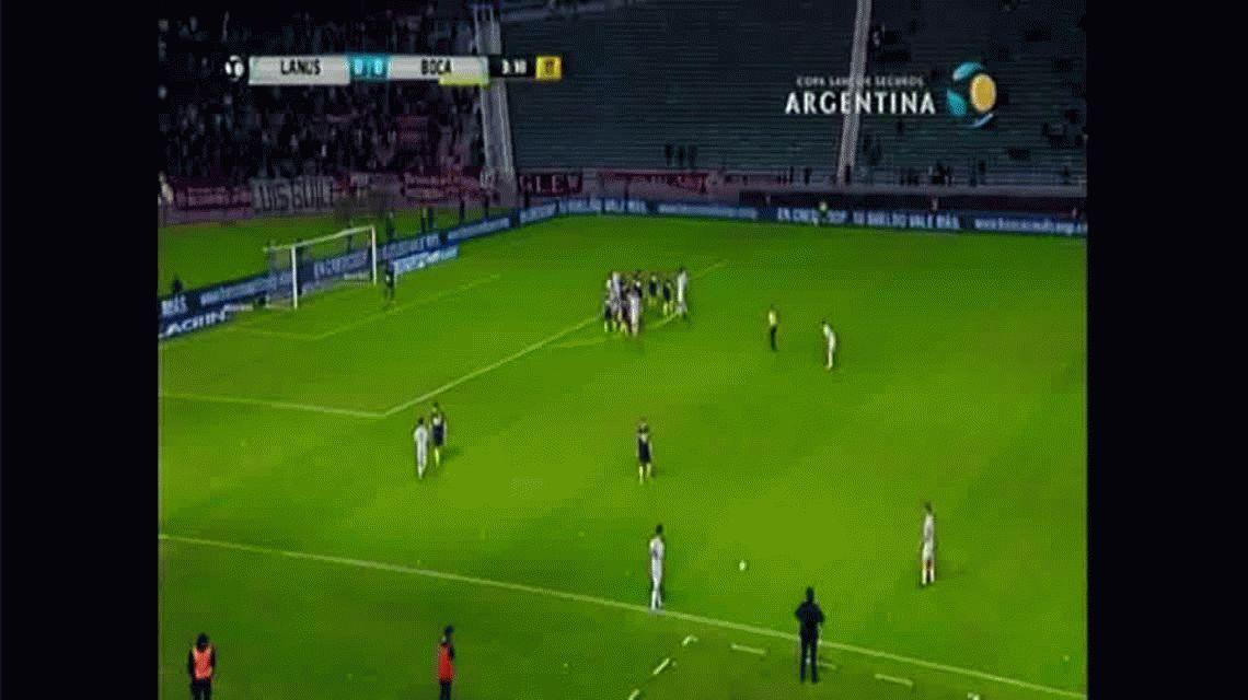 Con este gol de Román Martínez, Lanús le gana a Boca y se mete en cuartos