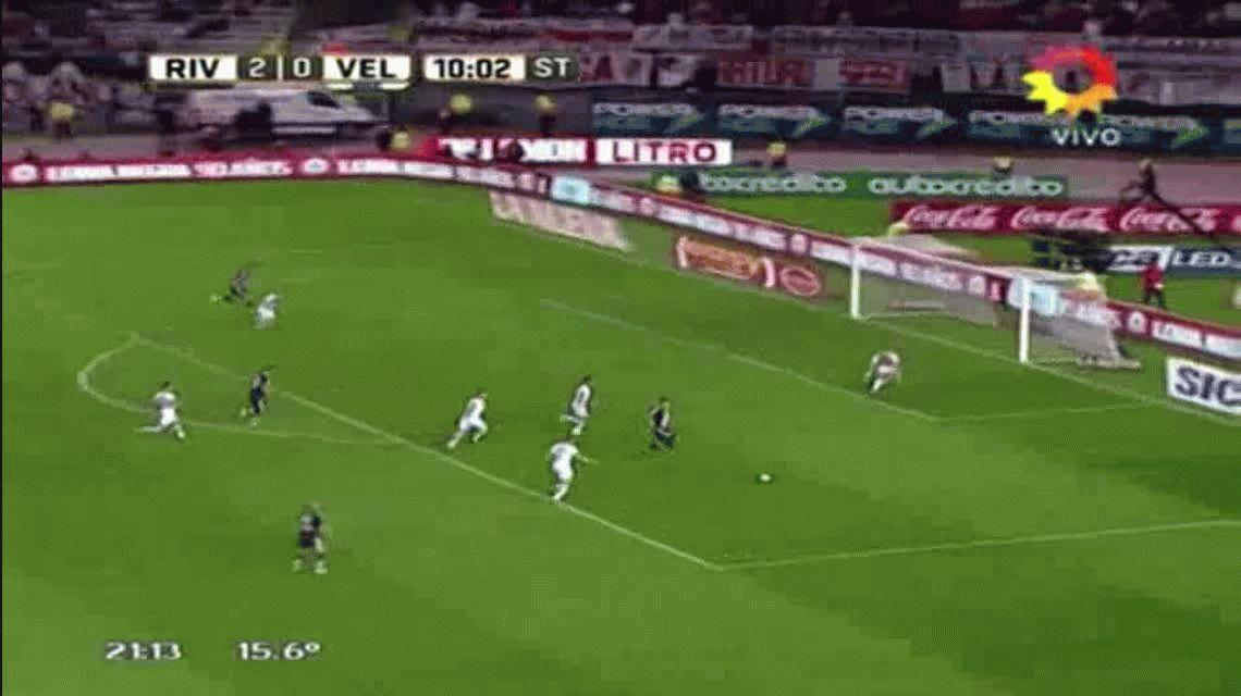 Segundo gol de Sebastián Driussi ante Vélez en el Monumental