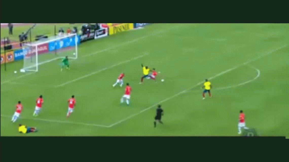 Ecuador goleó a Chile y lo complicó en Eliminatorias